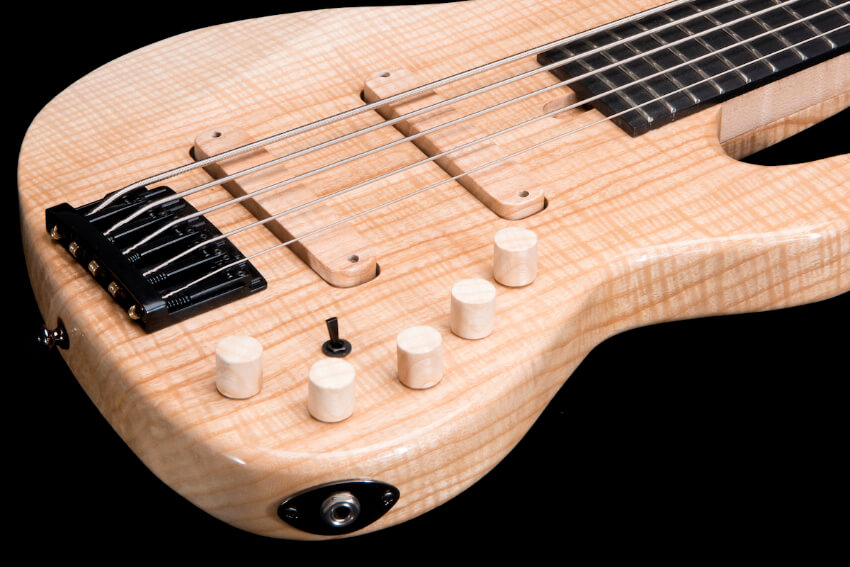 custom-electric-bass-5-strings-flamed-ash-luthier-artisan