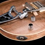not-shakira-les-paul-replica-noce-bigsby