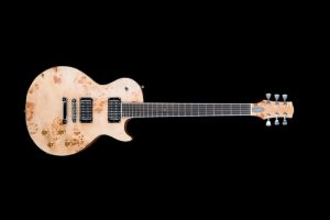 not-guilty-les-paul-custom-pioppo-radica