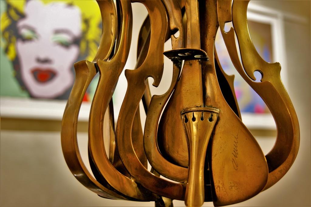 Fernandez Arman violin sculpture