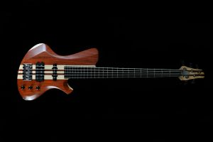 luthier-custom-handmade-neck-thru-5-strings-bass-padouk-maple-nordstrand